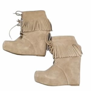 Steve Madden Moccasin Wedge Lace-up Bootie 6.5m